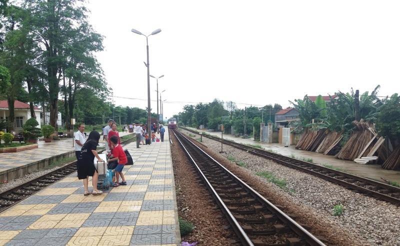 Tết Dương lịch đường sắt chạy thêm 48 đoàn tàu - ảnh 1