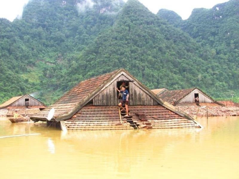 Huế đến Bình Thuận mưa lớn, cảnh báo nguy cơ sạt lở cao - ảnh 1