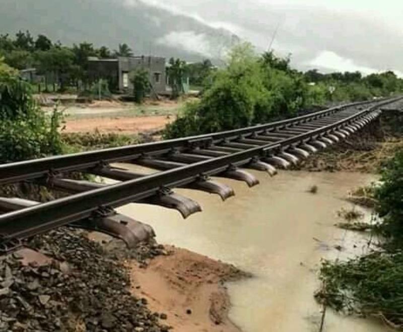 Đường sắt Bắc-Nam chính thức thông tuyến - ảnh 1