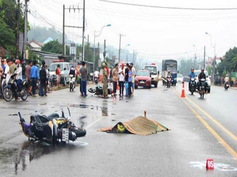 Hai tháng, 1.365 người chết vì tai nạn giao thông - ảnh 1