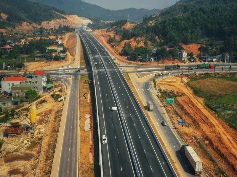Bộ GTVT lùi thời gian giới thiệu cao tốc Bắc - Nam - ảnh 1