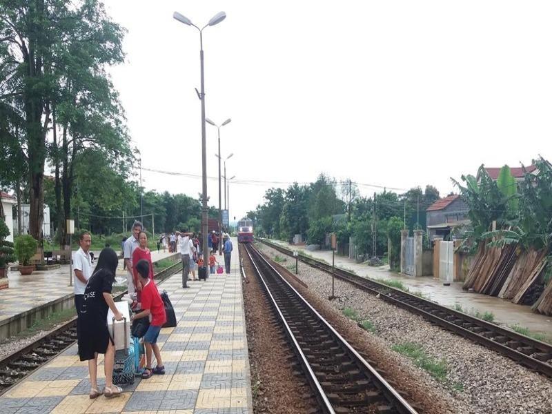 Ngành đường sắt tăng hàng trăm chuyến tàu dịp hè - ảnh 1