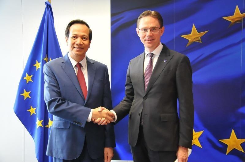 EU xem xét ký kết Hiệp định EVFTA với Việt Nam  - ảnh 1