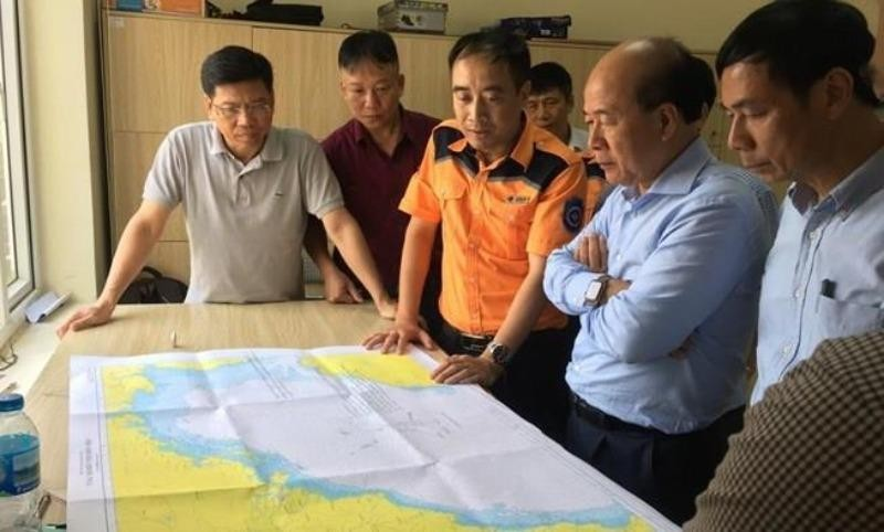 Bộ Giao thông đề nghị hỗ trợ tìm kiếm 9 thuyền viên mất tích - ảnh 1