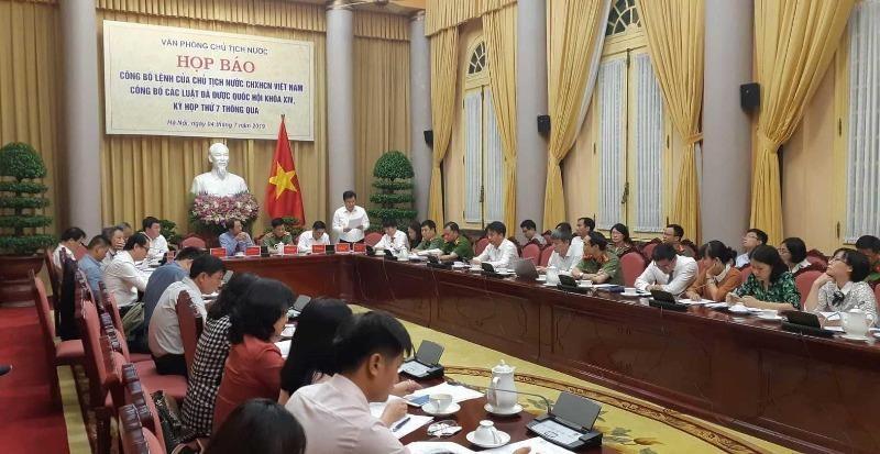 Công bố Lệnh của Chủ tịch nước về 7 luật - ảnh 1