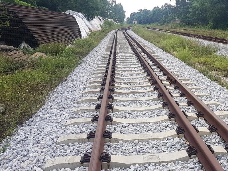 Vì sao dự án đường sắt 8.000 tỉ đồng dang dở - ảnh 1