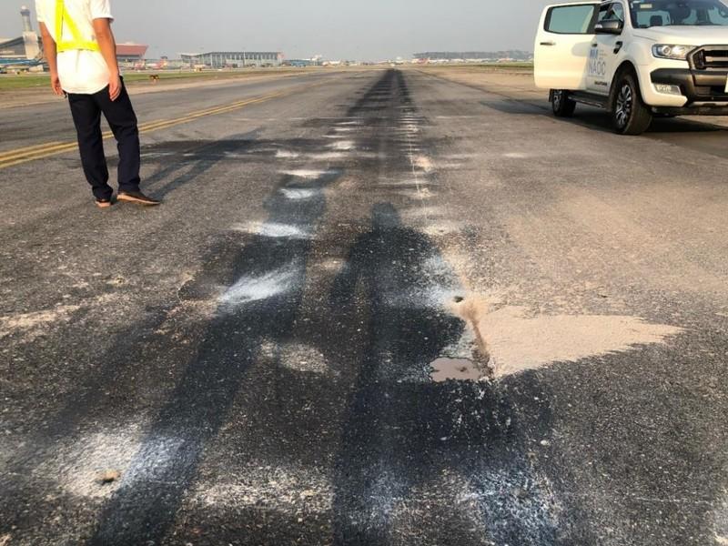 Những hình ảnh cho thấy sân bay Nội Bài đang hư hỏng nặng - ảnh 4