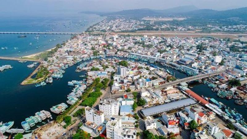 Xin ý kiến Bộ Chính trị thành lập thành phố biển đảo đầu tiên - ảnh 1