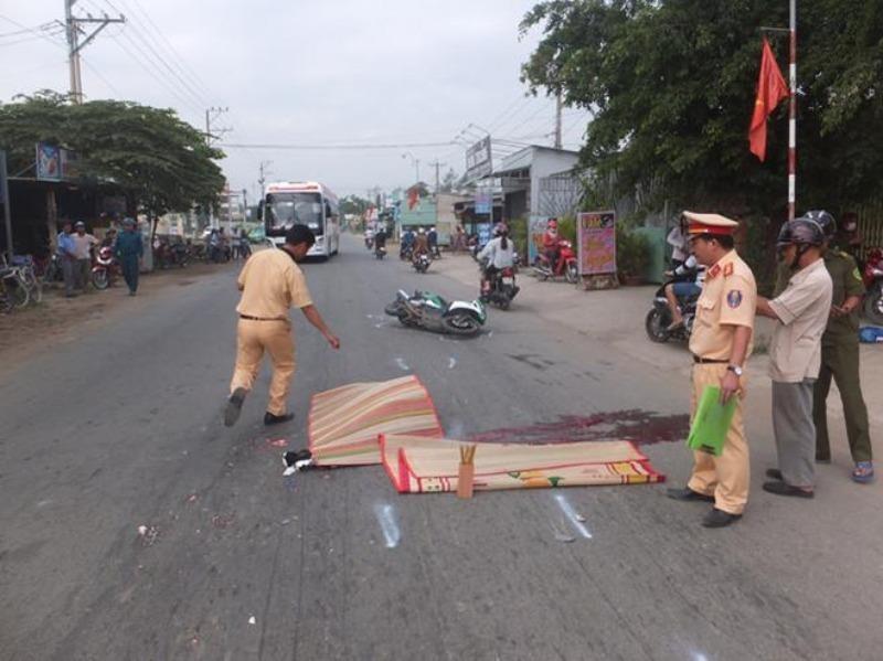 Ngày nghỉ lễ đầu tiên, 25 người chết do tai nạn giao thông  - ảnh 1