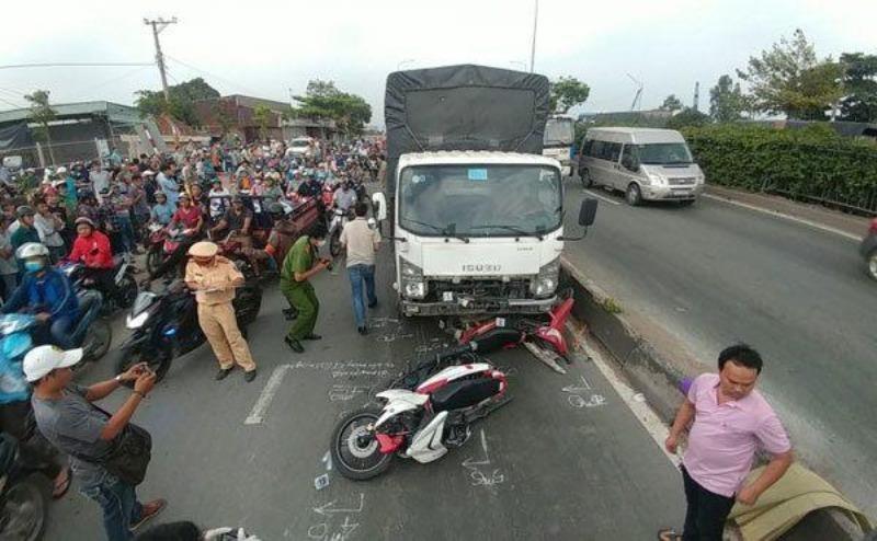 57 người chết vì tai nạn giao thông trong ba ngày nghỉ lễ - ảnh 1