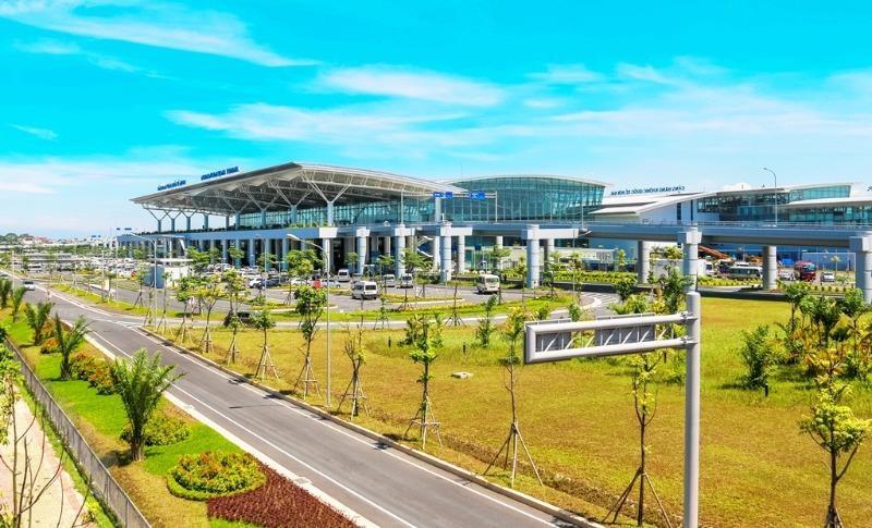Nghiên cứu phương án sân bay Nội Bài đạt 100 triệu khách/năm - ảnh 1