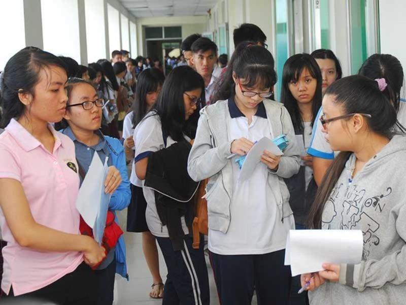 Xin ý kiến 4 bộ về đề xuất nghỉ học của TP.HCM - ảnh 1