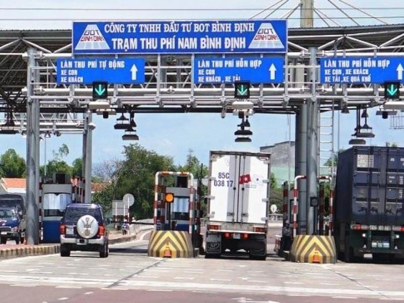 Bộ GTVT: Chưa thể giảm phí cho hai trạm BOT Bình Định - ảnh 1