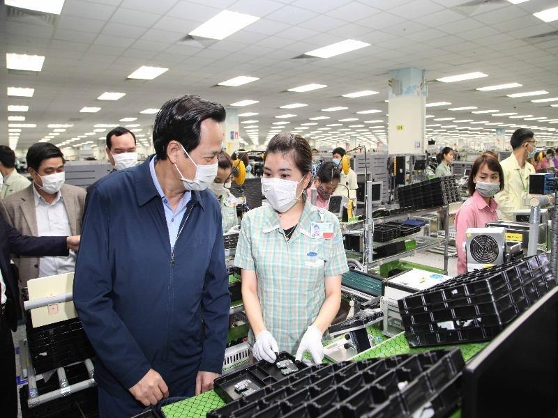 1.458 chuyên gia, kỹ sư Samsung, LG… được cách ly ở khách sạn - ảnh 1