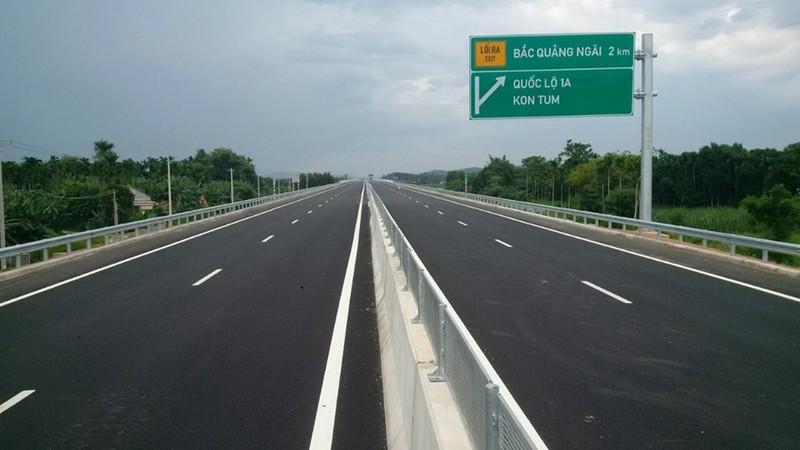 Báo cáo Bộ Chính trị chuyển hình thức đầu tư cao tốc Bắc - Nam - ảnh 1