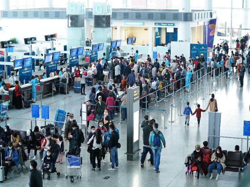 Sân bay Nội Bài sẽ đón bốn chuyến bay không có khách nhập cảnh - ảnh 1