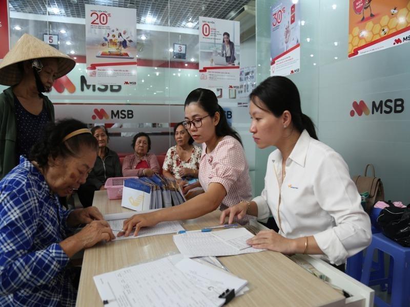 Bộ LĐ-TB&XH đưa ra lộ trình tăng, giảm tuổi nghỉ hưu - ảnh 1