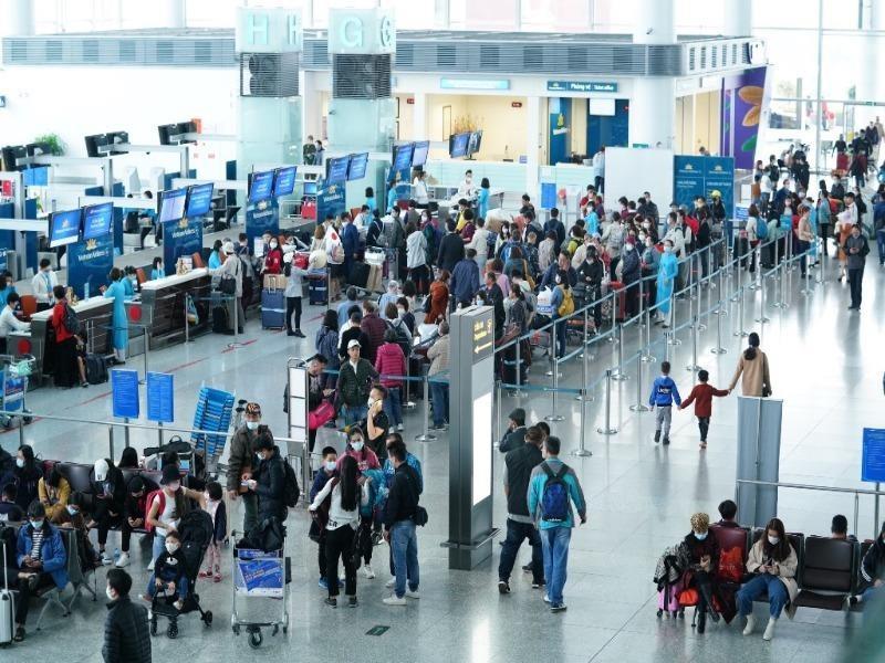 Đề xuất tiếp tục tăng đường bay, cho các hãng bán vé theo mùa - ảnh 1