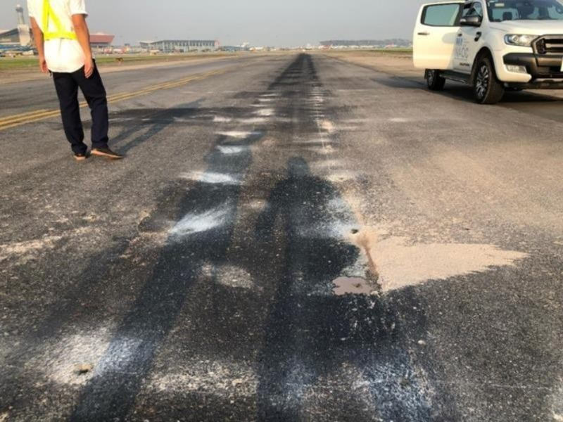 Sửa đường băng sân bay Nội Bài, Tân Sơn Nhất trong tháng 6 - ảnh 1