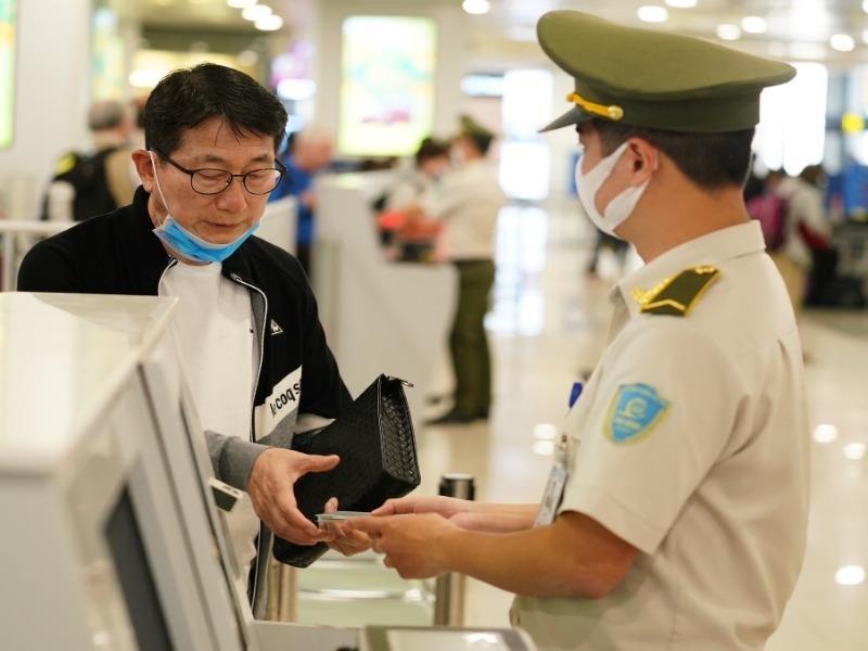 Đồng ý cho 331 lao động Trung Quốc vào Việt Nam - ảnh 1