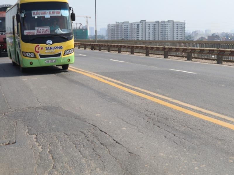 Từ 8-8, Tổng cục Đường bộ đóng cầu Thăng Long để sửa chữa - ảnh 1