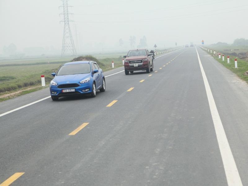 Giảm 10-30% phí sử dụng đường bộ cho ô tô chở khách - ảnh 1
