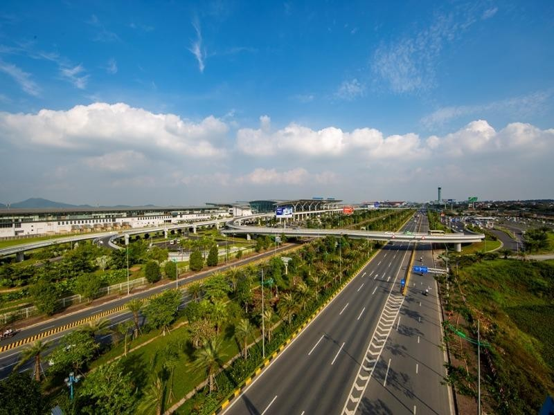 Đề xuất mở rộng sân bay Nội Bài về phía Nam với 4 đường băng - ảnh 1