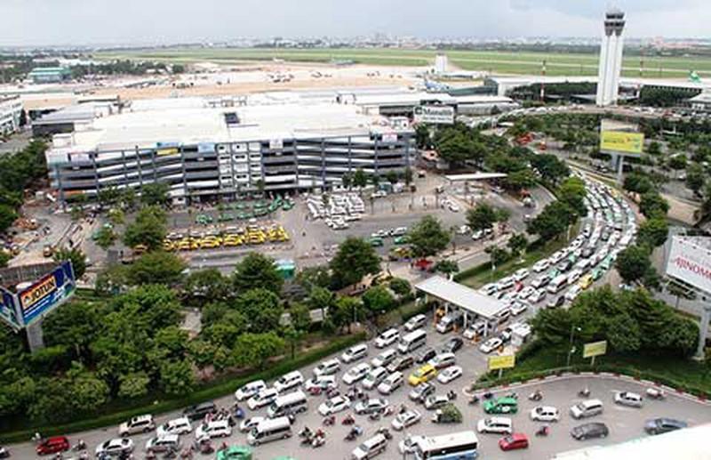 Doanh nghiệp vận tải hàng không kêu cứu vì đường bị cấm - ảnh 1