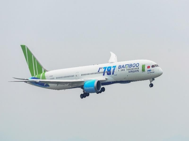 Bộ GTVT giảm 50% giá dịch vụ hàng không - ảnh 1