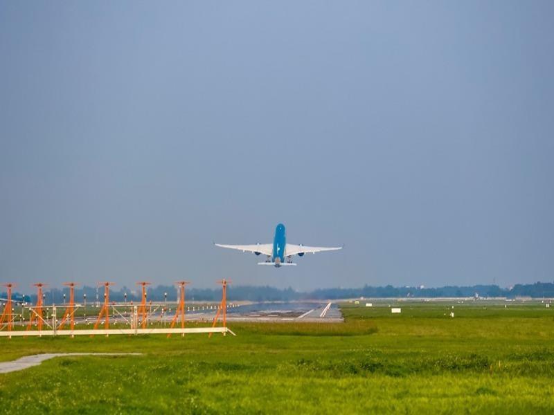 Đề xuất khôi phục 6 đường bay thương mại quốc tế - ảnh 1