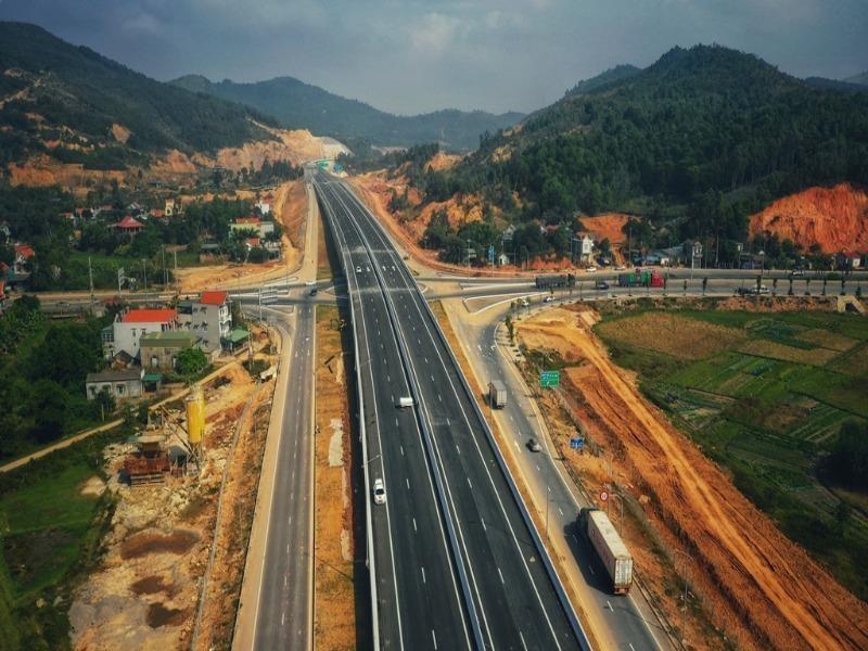 Nhiều doanh nghiệp tham gia đấu thầu cao tốc Bắc – Nam - ảnh 1