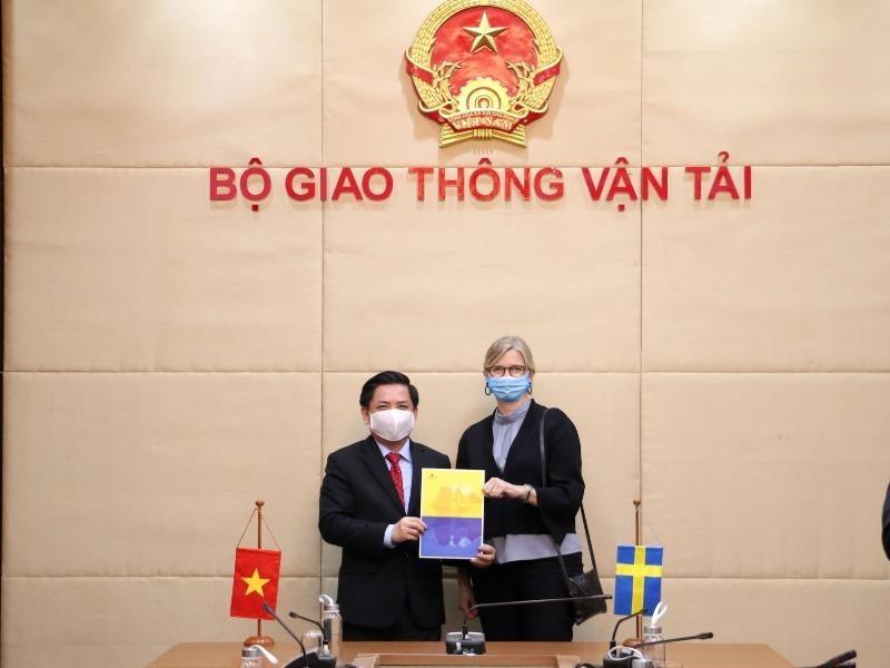 Thụy Điển đề xuất cho Việt Nam vay 2 tỉ USD đầu tư các sân bay - ảnh 1