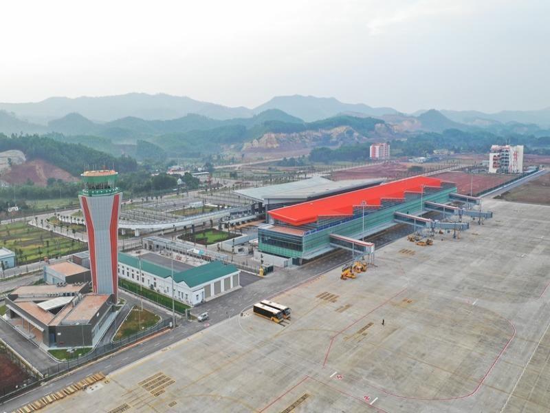 Bộ GTVT quyết định đóng cửa sân bay Vân Đồn đến ngày 3-3 - ảnh 1