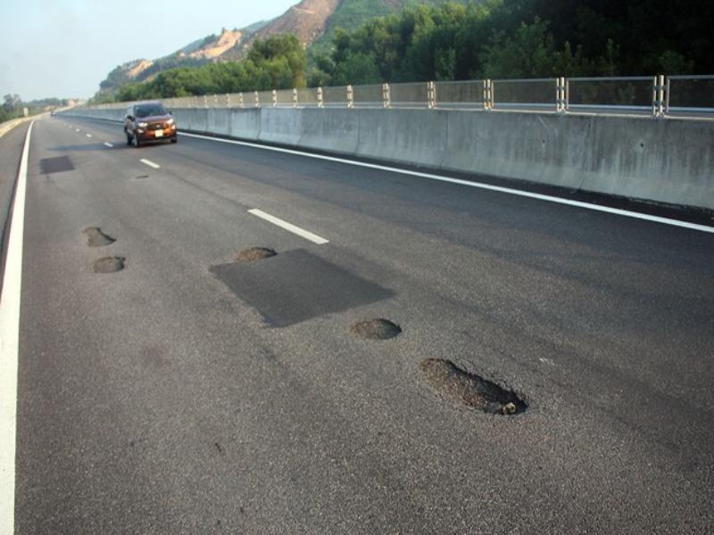 Sẽ lập tổ giám định sửa cao tốc Đà Nẵng – Quảng Ngãi - ảnh 1
