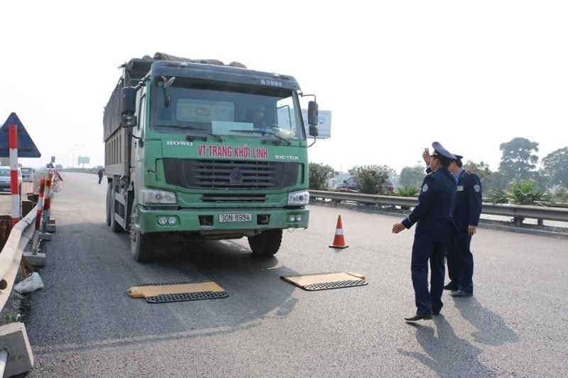 Nhiều xe quá tải ở Hải Phòng dùng biển số giả để né phạt nguội - ảnh 1
