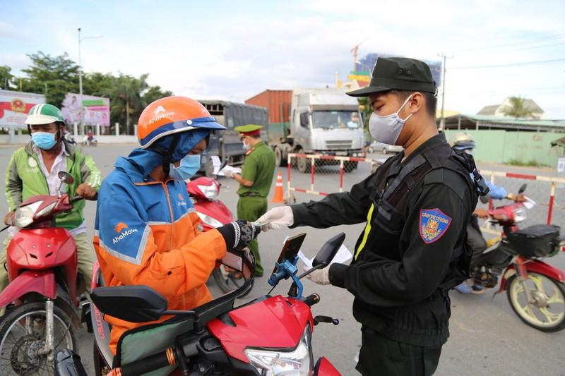 Công điện khẩn của Thủ tướng về việc đi lại giữa các tỉnh phía Nam - ảnh 1