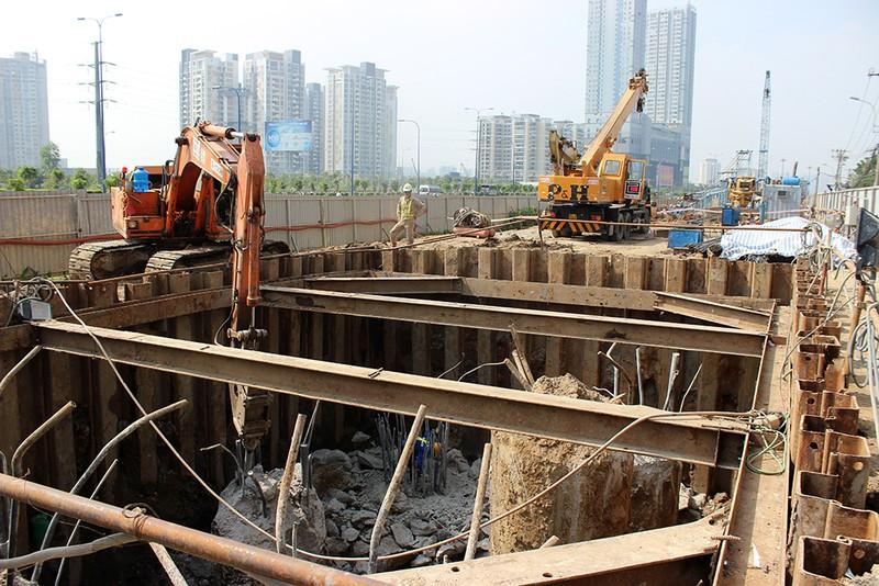 Cận cảnh tuyến Metro số 1 Bến Thành – Suối Tiên đang dần hình thành - ảnh 9