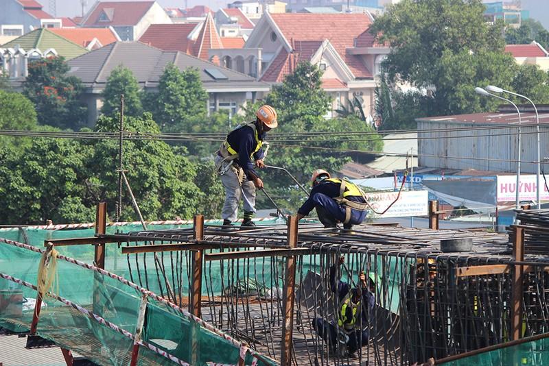 Cận cảnh tuyến Metro số 1 Bến Thành – Suối Tiên đang dần hình thành - ảnh 4