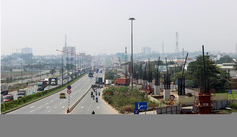 Cận cảnh tuyến Metro số 1 Bến Thành – Suối Tiên đang dần hình thành - ảnh 14