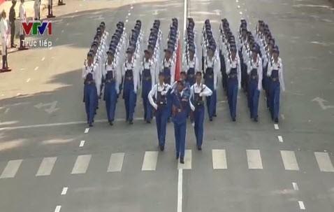 Lễ diễu binh, diễu hành kỷ niệm 30/4 - ảnh 18