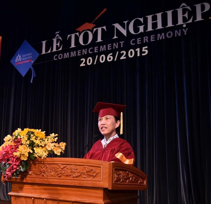 Bài diễn văn xúc động trong lễ tốt nghiệp của các tân khoa - ảnh 1