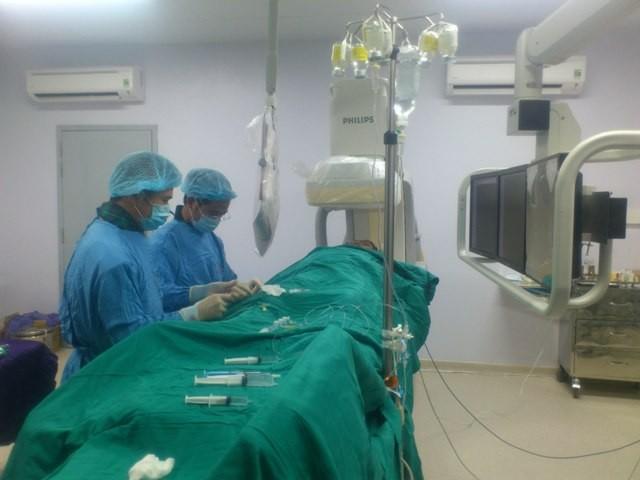 Dân hưởng lợi từ bệnh viện vệ tinh - ảnh 1