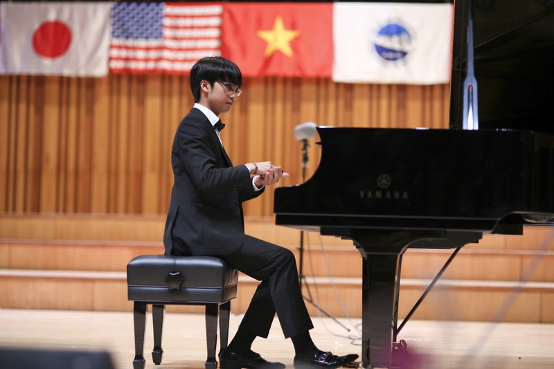 Con trai Quốc Trung- Thanh Lam thắng lớn ở cuộc thi Piano - ảnh 1