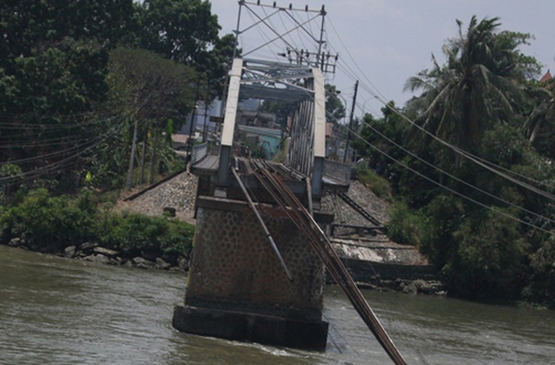 Mất ít nhất từ 3-5 tháng mới khắc phục xong vụ sập cầu Ghềnh  - ảnh 10