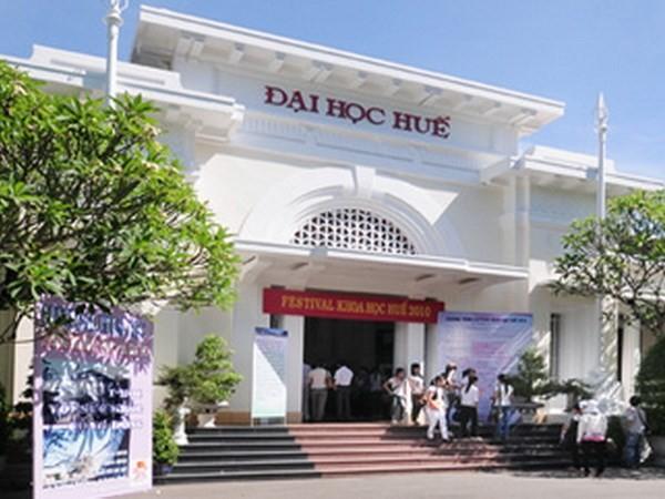 Đại học Huế giảm 50% học phí cho sinh viên bốn tỉnh miền Trung - ảnh 1