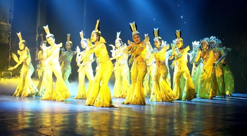 Bất ngờ với nhà hát dân gian của một Việt kiều - ảnh 11