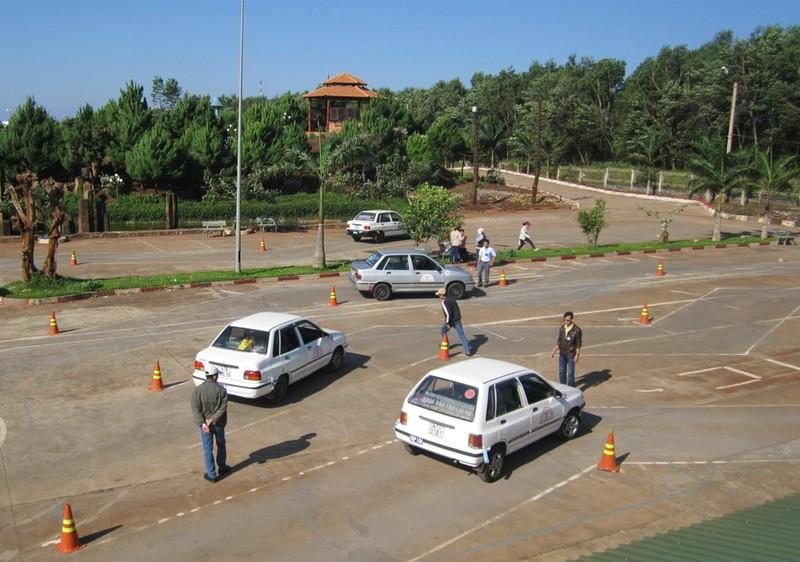 50 giáo viên dạy lái xe dùng bằng giả  - ảnh 1