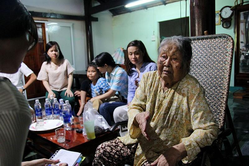 Báo Pháp Luật TP.HCM về nguồn thăm các mẹ VNAH  - ảnh 3