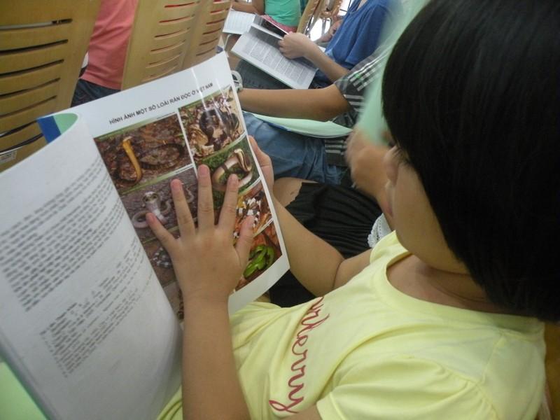 Trẻ Sài Gòn học cách phân biệt rắn độc, cây độc - ảnh 3