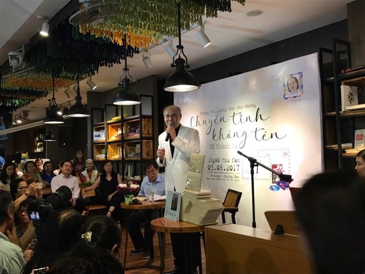 Hàng trăm người đội mưa đến gặp nhạc sĩ Vũ Thành An  - ảnh 4